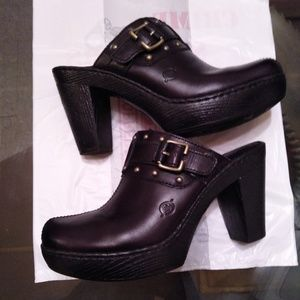 Born Clogs/Women Slip-on 3inch heels (Black)